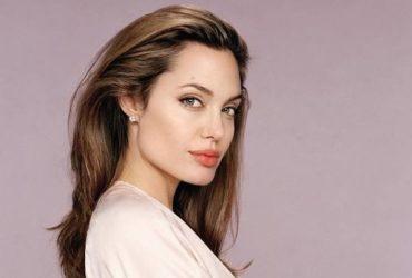 Анджелина Джоли будет супругой миллионера