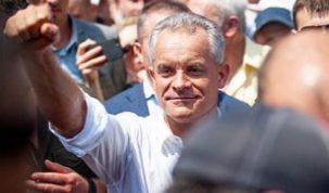 Молдавская оппозиция устроила массовый побег из страны